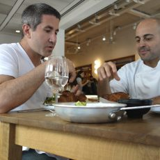 אוכל למחשבה: מסע קולינארי בעקבות המטבח הישראלי