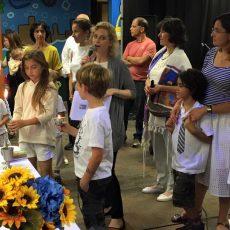 אלוהים לא חובש כיפה: מחשבות על תפילה חילונית בפתחו של חודש אלול