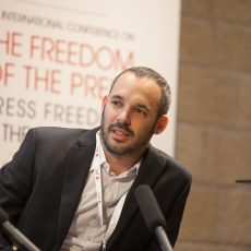 """על תקשורת, פוליטיקה והטַרְלֶלֶת של יו""""ר אגודת העיתונאים יאיר טרצ'יצקי"""