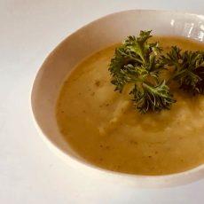 מרק ארטישוק ירושלמי שיחמם לכם את החורף