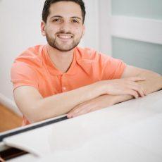 כל הג׳אז הזה: שיחה עם הפסנתרן עמרי גל-עוז