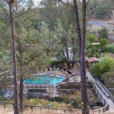 ולפעמים הדאגה נגמרת: חופשה ב-Wilbur Hot Springs