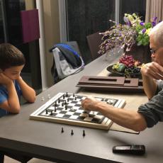 קשר משפחתי: מיכל מיאסניק וה-Active Agers Initiative